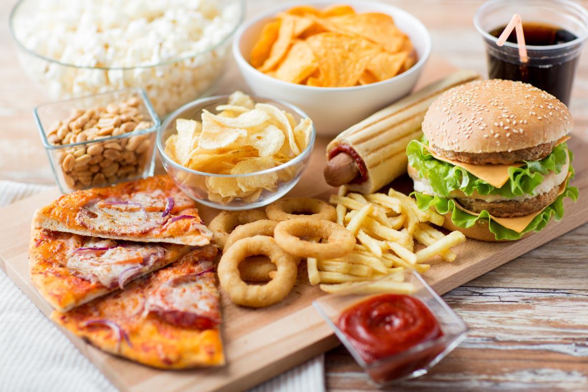 Produkty spożywcze, których musisz się wystrzegać podczas ciąży